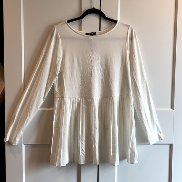 Yest Ruffle Front Women's Top sz Large